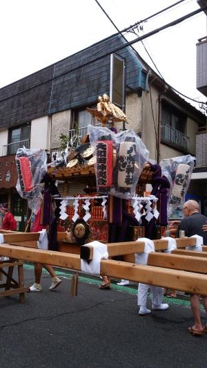 「大和田八幡神社例大祭」で、おみこし、、、