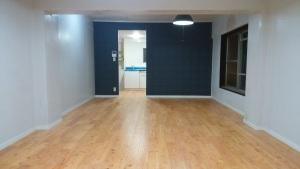 マンションのリフォーム、、無垢の床板、、